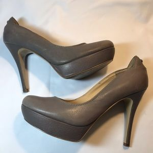 Guess Grey Leather Platform Pumps Shoes